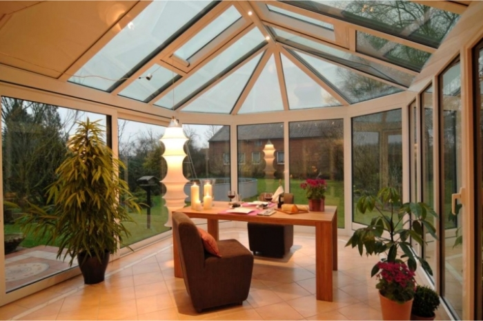 We provide house-attached winter gardens as well as patio and balcony covering structures. We design winter gardens. Visit our gallery of the completed winter garden projects. We take measurements and provide cost estimates for winter gardens.
