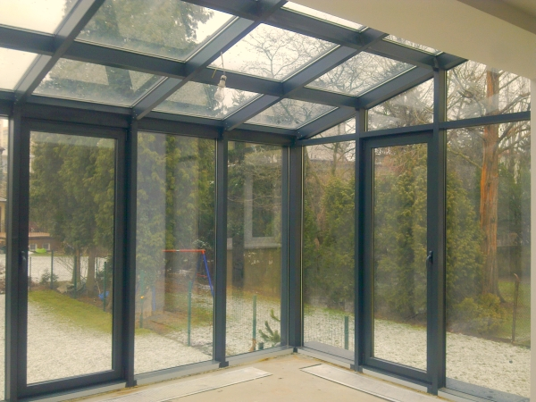 ALU JOINER - we manufacture aluminium windows and doors, winter gardens, glass and aluminium facades, aluminium construction frames.